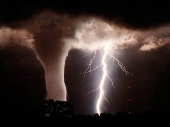 tornado-twister-disasters
