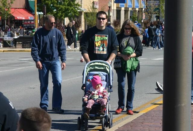 Grand Marshall Svengoolie Leads The Berrrr Wyn Houby Parade