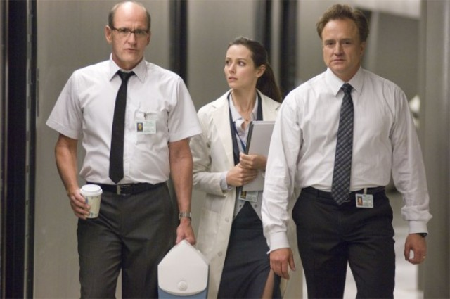 bradley-whitford-amy-ackers-and-richard-jenkins-in-the-cabin-in-the-woods-2011-movie-image-600x398