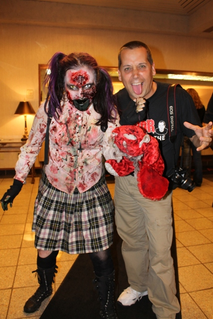 img_4737  sc 1 st  Terror from Beyond the Daves & Those Crazy Costumed Women at Horrorhound Weekend! | Terror from ...