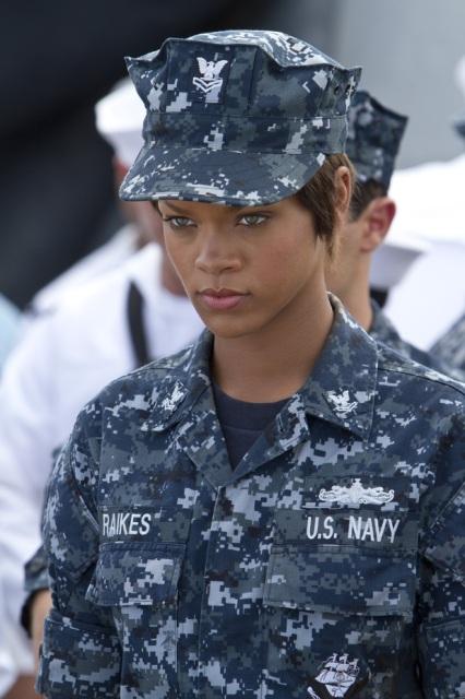 battleship_rihanna2__120223194246