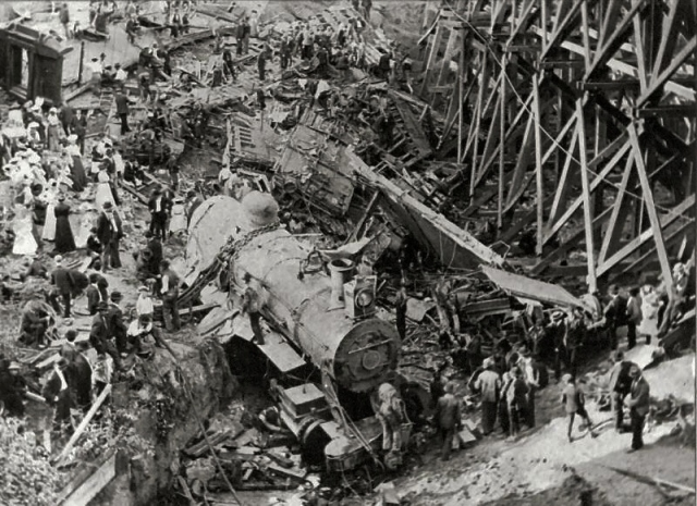 Hammond_Circus_Train_Wreck_1918