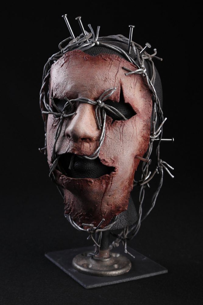 Skinned Face Mask