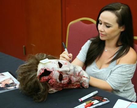 Danielle Harris Signing 1