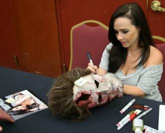 Danielle Harris Signing 5