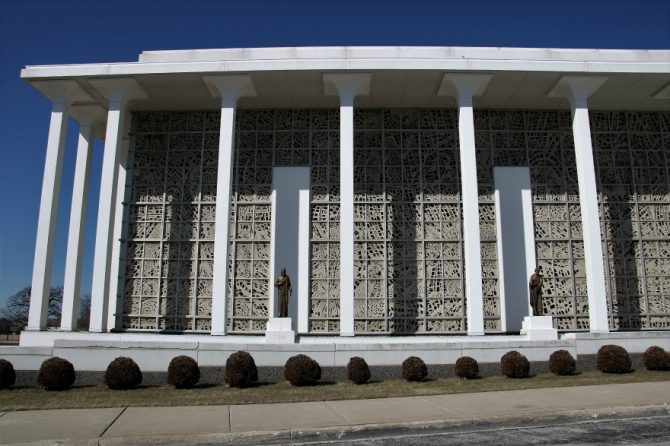 Resurrection mausoleum