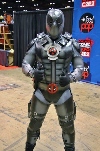 C2E2-COSPLAY-GRAY-DEADPOOL - Copy
