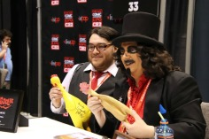sVENGOOLIE-FRIDAY-FAN012