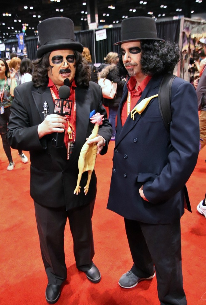 TV horror host, Svengoolie, with man dressed as him at C2E2