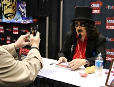 SVENGOOLIE-VIDEO-GREETING