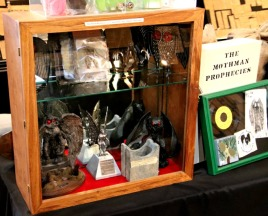 mothman-museum-relics